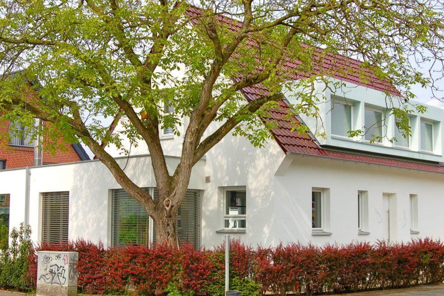 B22, Kernsanierung und Erweiterung Wohnhaus